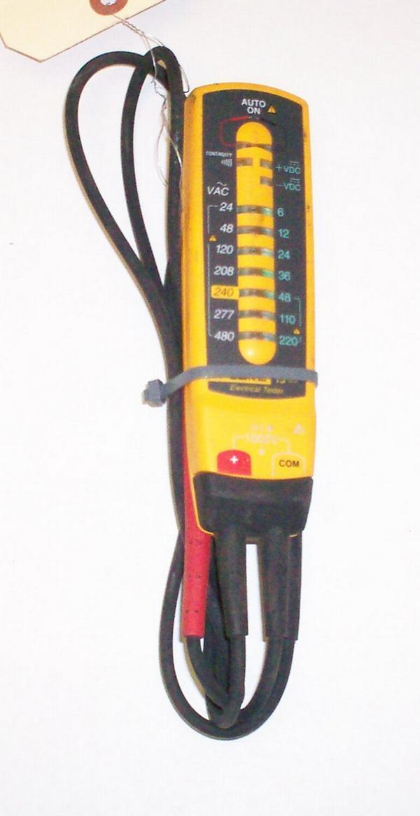 Fluke Circuit Tester : Fluke t voltmeter continuity voltage tester volt