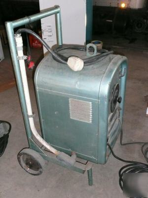 Lincoln Ideal Arc Shop Welder Model 250 On Cart