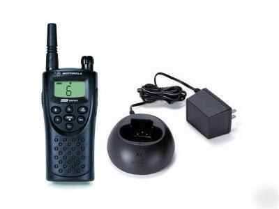 Motorola xtn XU2600 two way radio xu-2600 uhf