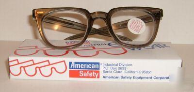 Glasses - Wikipedia, the free encyclopedia