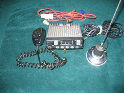 i com business band radio rigid mount